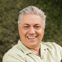 Headshot of Jim Hernandez